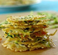 These Baked Parmesan Cheese Crisps are easy to make, go great on a salad or as a topping on your soup. You could also eat them as a healthier alternative to chips! Vegetable Crisps, Vegetable Recipes, Vegetarian Recipes, Low Carb Recipes, Cooking Recipes, Healthy Recipes, Oats Recipes, Rice Recipes, Beef Recipes