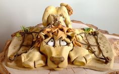 The Lion and the Mouse Aesop's Fable - Ceramic Sculpture £129