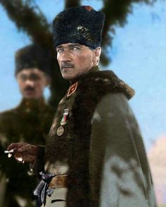 Mustafa Kemal Atatürk Jan Historical figures of the world, World War 1 Ankara, Istanbul, Turkish Army, The Legend Of Heroes, Winter Hats, Winter Jackets, The Valiant, The Turk, Great Leaders