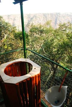 A Toilet With A Difference Loo With A View. Funny Travel Photo of The Longest Drop in Africa Travel Humor, Amazing Bathrooms, Travel Photos, Bathtub, Toilets, World, Tart, African, Funny