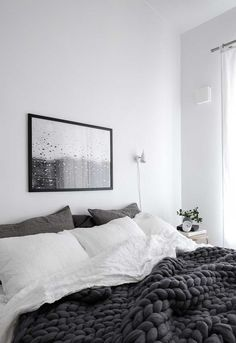 Modern Minimalist Bedroom Japanese Style bohemian minimalist home coffee tables.Minimalist Home Tour House feminine minimalist bedroom shelves. Master Bedroom Layout, Master Bedroom Interior, Cozy Bedroom, Home Decor Bedroom, Bedroom Ideas, Bedroom Inspiration, Bedroom Simple, Lux Bedroom, Grey Bedrooms
