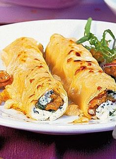 Cannelloni mit Ricotta-Walnuss-Füllung: http://kochen.bildderfrau.de/rezepte/rezept_cannelloni-mit-ricotta-walnuss-fullung_110743.aspx  #cannelloni