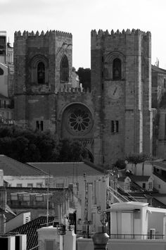 the two towers by ©Luis Novo on 500px - Cathedral #Lisboa #Portugal