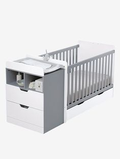 """Vom Babybett zum Juniorbett! Das Kombibett """"Evolunid"""" ist anfangs Babybett, Regal, Sitzecke & Nachttisch in einem und ein wahres Raumwunder. Später lässt es sich zu einem Kinderbett mit kleinem Nachttisch umbauen. Das funktionale Kinderbett ist ein vielseitiges Möbelstück, das Ihr Kind lange begleitet und deshalb auch den Geldbeutel schont! Produktdetails:Kombibett """"Evolunid"""": MDF und Spanplatte E 0,5 mit Melaminbeschichtung. Gitterstäbe Kiefer. Lack auf Wasserbasis. B..."""