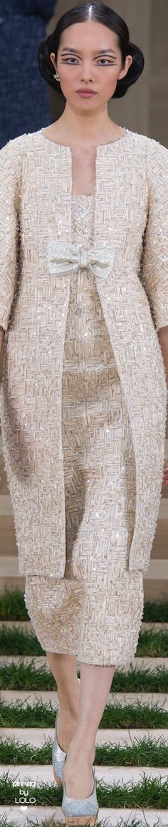 This is my vintage! See more of my vintage at http://www.thevintagelighthouse.com/ Chanel Spring 2016 Couture