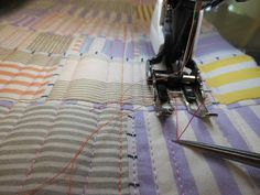 Art With a Needle: July 2012  CHANGING THE BOBBIN WITHOUT A BREAK IN YOUR QUILTING TUTORIAL