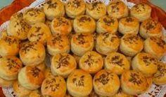 Penízky_ze_zakysané_smetany_recept Cantaloupe, Muffin, Food And Drink, Appetizers, Fruit, Breakfast, Recipes, Pizza, Cakes