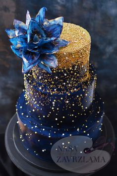 wedding cakes blue Dark Blue And Gold Sparkle Cake Crazy Cakes, Fancy Cakes, Beautiful Wedding Cakes, Beautiful Cakes, Amazing Cakes, Elegant Wedding, Rustic Wedding, Wedding Gold, Sparkle Wedding