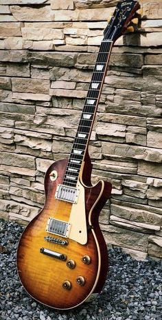 Prs Guitars - Are You Currently Unfamiliar With The Guitar? Learn Guitar Chords, Bass Ukulele, Guitar Diy, Prs Guitar, Music Guitar, Cool Guitar, Acoustic Guitar, Gibson Les Paul, Gibson Sg Standard