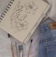sketch art drawing painting collage sketches aesthetic work ethereal g e o r g i a n a : a r t Pencil Art Drawings, Art Drawings Sketches, Sketch Art, Arte Com Grey's Anatomy, Art Hoe Aesthetic, Arte Sketchbook, Pretty Art, Art Inspo, Art Journal Inspiration