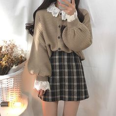 Korean Girl Fashion, Korean Street Fashion, Asian Fashion, Cute Skirt Outfits, Cute Casual Outfits, Pretty Outfits, Outfits Juvenil, Vintage Outfits, Vintage Fashion