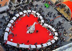 Valentine's day in Verona : http://www.italyadvisor.co.uk/valentines-day-verona-join-giant-heart-piazza-dei-signori/