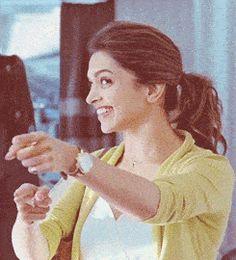 40 new ideas flowers beautiful photography smile Indian Celebrities, Bollywood Celebrities, Beautiful Bollywood Actress, Beautiful Actresses, Bollywood Stars, Bollywood Fashion, Indian Film Actress, Indian Actresses, Dipika Padukone