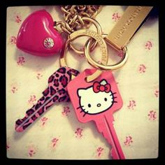 HK❤ we so have these keys ..lol