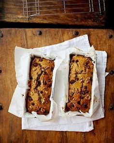 Zucchini Bread Date & Walnut Zucchini Loaf Loaf Recipes, Baking Recipes, Healthy Recipes, Date Bread, Zucchini Loaf, Delicious Breakfast Recipes, Delicious Food, Sweet Bread, Food To Make
