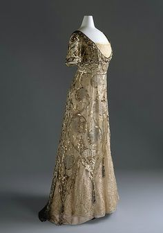 Ladies evening dress designed by Callot Soeurs, French, 1910, cotton, silk, metal.  Photo: Metropolitan Museum of Art