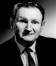 """Al Lewis - Actor. He is best known for the role of 'Grandpa Munster' on the television series """"The Munsters"""". Cremated, Ashes given to family or friend, Specifically: Ashes placed in his favorite cigar box Hollywood Men, Classic Hollywood, Famous Men, Famous People, Tv Icon, Celebrities Then And Now, The Munsters, People Of Interest, Classic Movie Stars"""