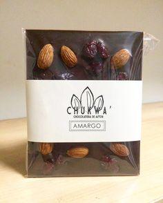 Chocolate Amargo con Almendra y Arándanos
