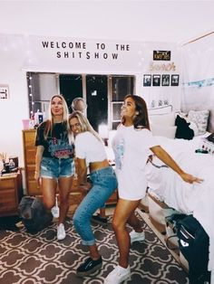 Apartment ideas for girls friends bff 53 New ideas Photos Bff, Best Friend Pictures, Bff Pictures, Friend Pics, Squad Pictures, Night Pictures, Best Friend Goals, Best Friends, Friends Girls
