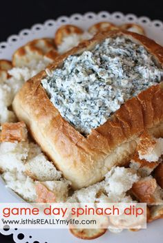 Knorr spinach dip recipe -- but even better. A couple tricks for the tastiest spinach dip. It's not a bday party until you break out the spinach dip! Yummy Appetizers, Appetizer Recipes, Snack Recipes, Cooking Recipes, Popular Appetizers, Diet Recipes, Vegetarian Recipes, Knorr Spinach Dip, Chopped Spinach