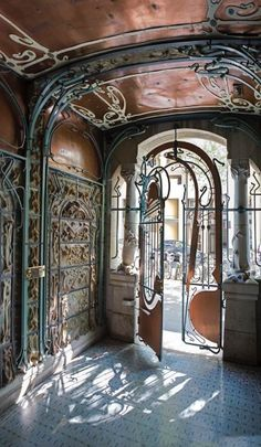 19 ideas art nouveau architecture details entrance What is Art ? Architecture Art Nouveau, Cultural Architecture, Architecture Details, Windows Architecture, Architecture Artists, Paris Architecture, Parametric Architecture, Drawing Architecture, Architecture Portfolio