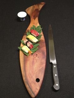 Foundwood - reclaimed Hawaiian growth hardwood cutting boards.