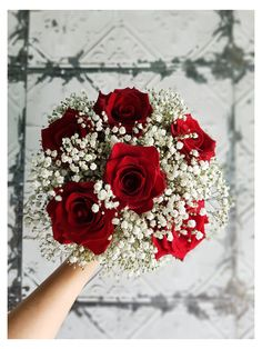 Red Bridesmaid Bouquets, Prom Bouquet, Red Bouquet Wedding, Red Bridesmaids, Christmas Wedding Bouquets, Burgundy Wedding Flowers, Prom Flowers, Red Flower Bouquet, Flower Garland Wedding