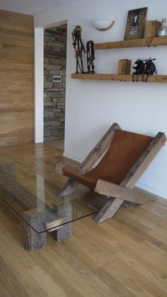 Reclaimed Wood and Glass Coffee Table. Unique by TicinoDesign