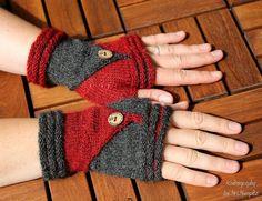 Fingerless Mittens Follow Me  knitting pattern by KnitographyByMumpitz