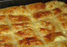 Υλικά  10 τεμ. φύλλο κρούστας     1/2 φλιτζ. τσαγιού ελαιόλαδο  1/3 φλιτζ. τσαγιού ηλιέλαιο [*]  500 γρ. φέτα θρυμματισμένο  450 γρ. ανθότυρο θρυμματισμένο  3/4 φλιτζ. τσαγιού φρέσκο γάλα  100 γρ. γιαούρτι στραγγιστό  1 κουτάκι σόδα αναψυκτικό (330 ml)  5 μεσαίου μεγέθους ή 4 μεγάλου μεγέθους, αυγά ελαφρώς χτυπημένα  πιπέρι λίγο μοσχοκάρυδο ή δυόσμο αποξηραμένο