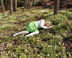 Woman in Green Dress, 2010 - Niina Vatanen Green Dress, Garden Sculpture, Portrait, Outdoor Decor, Effervescence, Photography, Infp, Helsinki, Woman