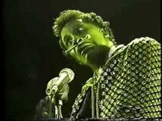 Screamin' Jay Hawkins - I Put a Spell On You (1983) - YouTube