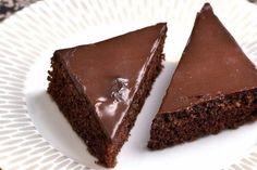 Čokoholikov sen je rýchly, ľahký a lahodný. Recept na hrnčekový jogurtový koláč s čokoládou. Krok za krokom FOTORECEPT Food And Drink