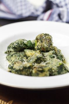 [italienisch] Gnocchi di pane e spinaci - Brotgnocchi mit Spinat