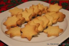 Easy Christmas Shortbread Recipe - Home cooking: A dish, A recipe - cuisine Soft Gingerbread Cookie Recipe, Soft Cookie Recipe, Ginger Bread Cookies Recipe, Easy Cookie Recipes, Thermomix Desserts, Shortbread Recipes, Christmas Desserts, Christmas Cooking, Family Christmas