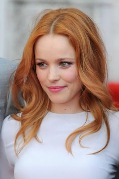 Soft brow, inner eye liner, rose pink lip Rachel McAdams- stunning hair color