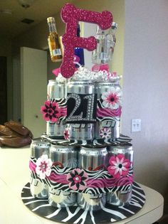 DIY Beer Cake for a birthday gift. Only use mikes hard lemonade! Beer Cake Gift, Beer Can Cakes, 21st Birthday Cakes, Diy Birthday, Birthday Basket, Happy Birthday, Cool Gifts, Diy Gifts, 21st Bday Ideas