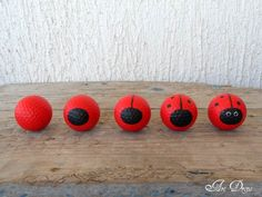 awesome Diy: Golf Ball Upcycled Into Happy Ladybug  #DIY #Pots #Upcycled Do you have any old golf balls that you don't use anymore? Here is a nice tutorial found atArtdropsto reuse them into happy ladybugs for your gard...