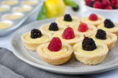 Mini Lemon Curd Tartlets Recipe - perfect for a party! Lemon Curd Tartlets, Mini Lemon Tarts, Lemon Curd Recipe, Lemon Recipes, Baking Recipes, Cookie Recipes, Bite Size Desserts, Mini Desserts, Just Desserts