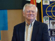 Police volunteer is Mukilteo's Citizen of the Year – As a retired U.S. Navy captain, Stan Lundgaard sees his service to the community as never done.    Lundgaard has been named Mukilteo's Citizen of the Year. The Kiwanis-sponsored award is given to a Mukilteo citizen to recognize the outstanding contributions he or she has made to the city. Couples also may be recognized.
