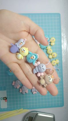 1 million+ Stunning Free Images to Use Anywhere Polymer Clay Ornaments, Polymer Clay Sculptures, Cute Polymer Clay, Polymer Clay Charms, Sculpture Clay, Clay Crafts, Crafts To Make, Clay Owl, Kids Clay