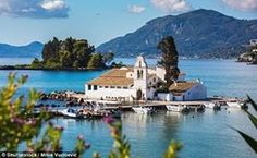 Santorini, Mykonos & Corfu rank among the most popular romantic places in Greece but don't forget to pay a visit to the rest of the Greek Island >> Most Beautiful Greek Island, Beautiful Islands, Malta, Palazzo, Corfu Town, Croatian Islands, Places In Greece, Corfu Island, Corfu Greece