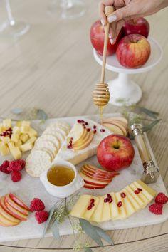 Apples & Honey Cheese Board - Fashionable Hostess Charcuterie And Cheese Board, Cheese Boards, Charcuterie Ideas, Cheese Platters, Food Platters, Grapes And Cheese, Cheese Appetizers, Fashionable Hostess, Cheese Recipes