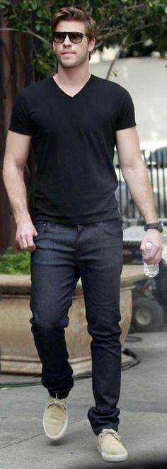 Liam Hemsworth in Nudie Jeans Liam Hemsworth, Hemsworth Brothers, Fashion Moda, Mens Fashion, Stylish Men, Men Casual, Mens Trends, Men Street, Street Wear
