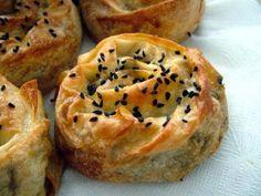 Gül Böreği - Nasıl Yapılır - Tarif-Bunu Yemek Gerek #food #yemek #turkey #turkish #tatlı