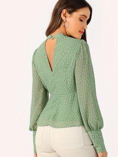 Green Choker Neck V-cut Knot Front Bishop Sleeve Peplum Top Blouse Wom – Benovafashion Stylish Shirts For Womens, Stylish Tops, Casual Tops, Saree Blouse Neck Designs, Blouse Designs, Black Sweater Outfit, Blouse Styles, Bishop Sleeve, Blouses For Women