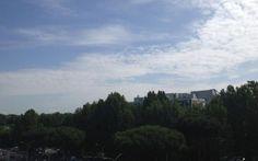 Roma, cielo tra sole e nuvole. Temperature nella media