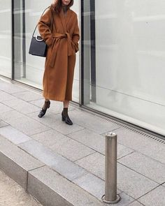 Brown wrap #coat #newarrivals at the shop now and online Tonight #nopromise #streetstyle #thefrankieshop