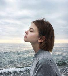 """Kira Rausch on Instagram: """"честно говоря, я не знаю, когда закончатся эти фотографии с моря ♀️"""""""