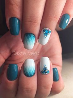 Beautiful winter nails, Blue and white nails, Cool nails, Nails with rhinestones ideas, Nails with stones, New Year nails 2017, New years nails, Triangle nails